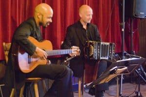 Bosgeruis-mei 2010-01